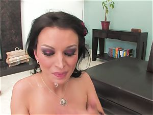 Bailey Brooks gets plumbed rock-hard and decorated in jism