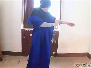 Arab rim twenty one yr aged refugee in my hotel apartment for hump