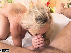 spraying Brandi love loves having a fuck-stick in her puss
