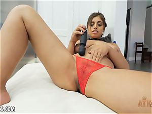 Exotic Ella Knox is smoking steaming toying with her toy