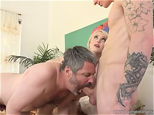 Lily Rader enjoys Her husband To Pay dudes To pulverize Her