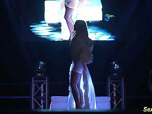nasty flexi stepmom naked on stage