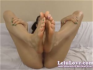 jizz virtually nail my soles and jizz all over them