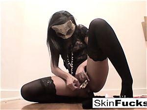 highly ultra-kinky vulva play with flesh Diamond