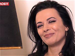 LETSDOEIT - Romanian beauty Creamed By a French rod