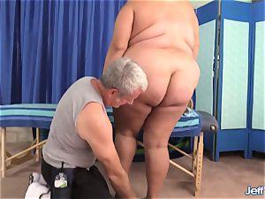plus-size Veruca Darling's hump Crazed massage