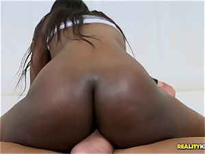 ultra-cute black caboose of Lexi Rose worshiped by Tyler