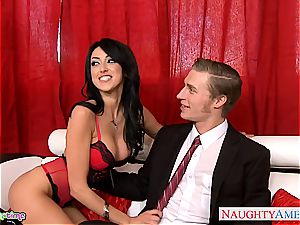 super-hot Tasha Reign share trunk with pal