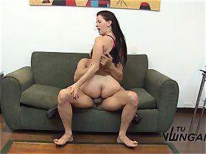 Tu Venganza - revenge plow with insatiable big-chested Latina