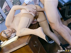 lollipop greedy Lauren Phillips boned in her ginger cunt