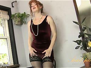 Amber Dawn pleasures herself wearing hip highs.
