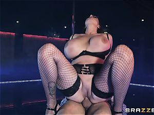 Emma backside railing on top