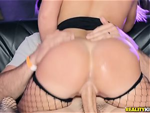 Joseline Kelly and Bailey Brooke pounding in the club